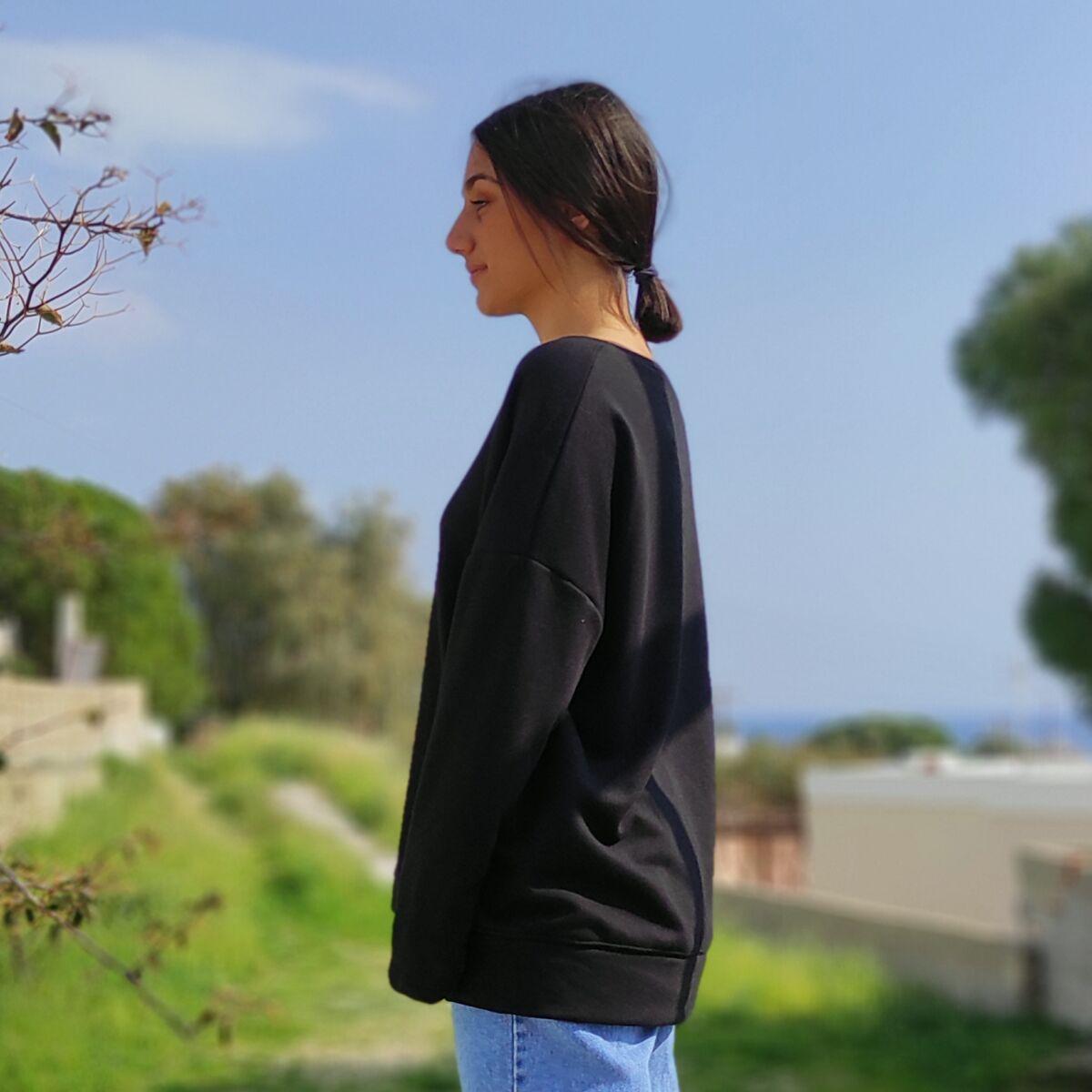 Φούτερ μαύρο ασύμμετρο Μπλούζες Ρούχα αξεσουάρ 2